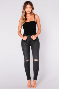Tierra High Rise Jeans - Black