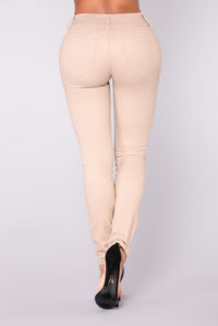 Devina Booty Shaping Twill Pants - Khaki