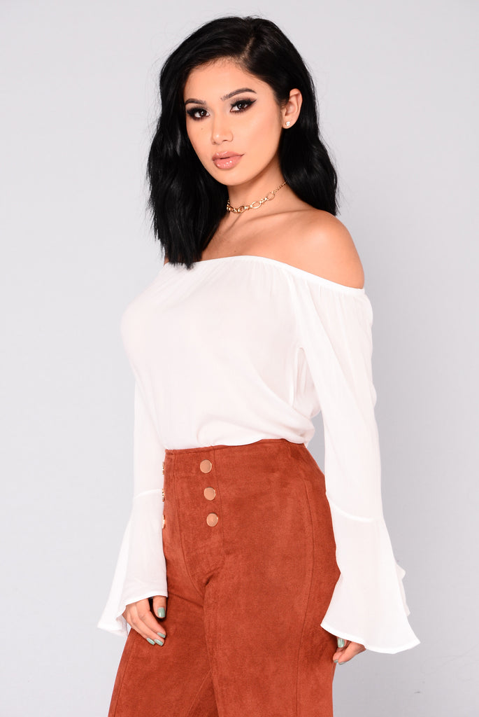 Antoinette Bell Sleeve Top - Off White