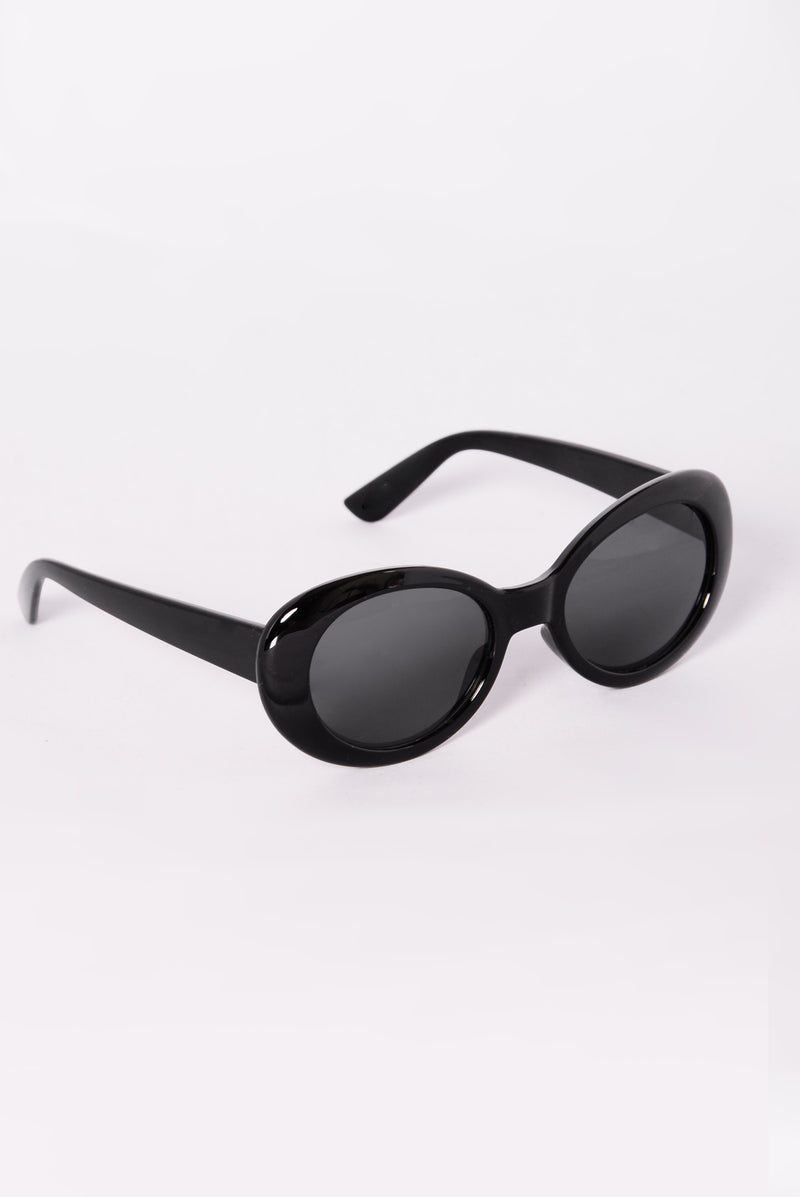 Posh Sunglasses - Black/Smoke