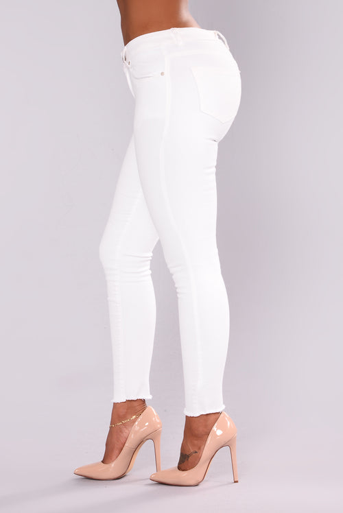 Walk The Walk Mid Rise Jeans - Off White