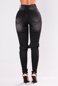 Something New High Rise Jeans - Black