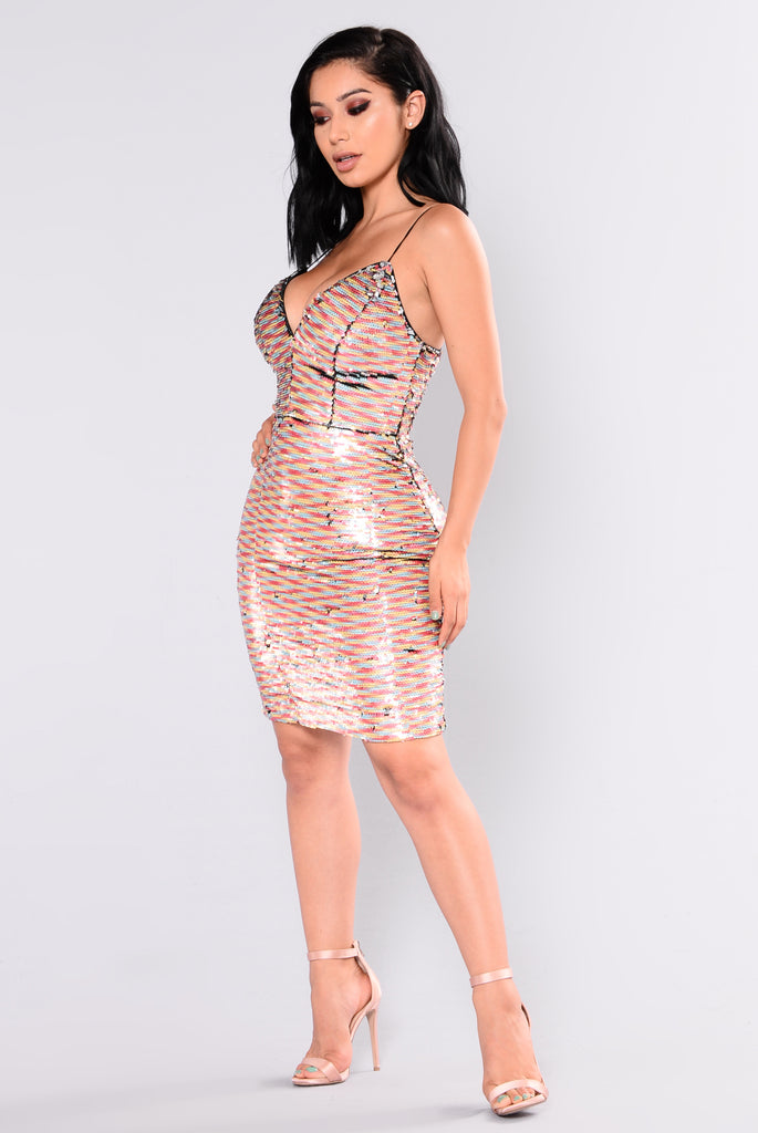Star Of The Show Sequin Dress - Multi