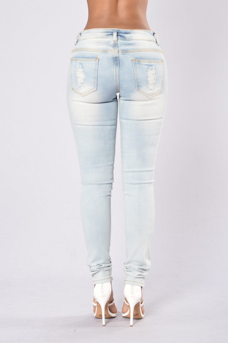 Slightly Obsessed Jeans - Light Blue