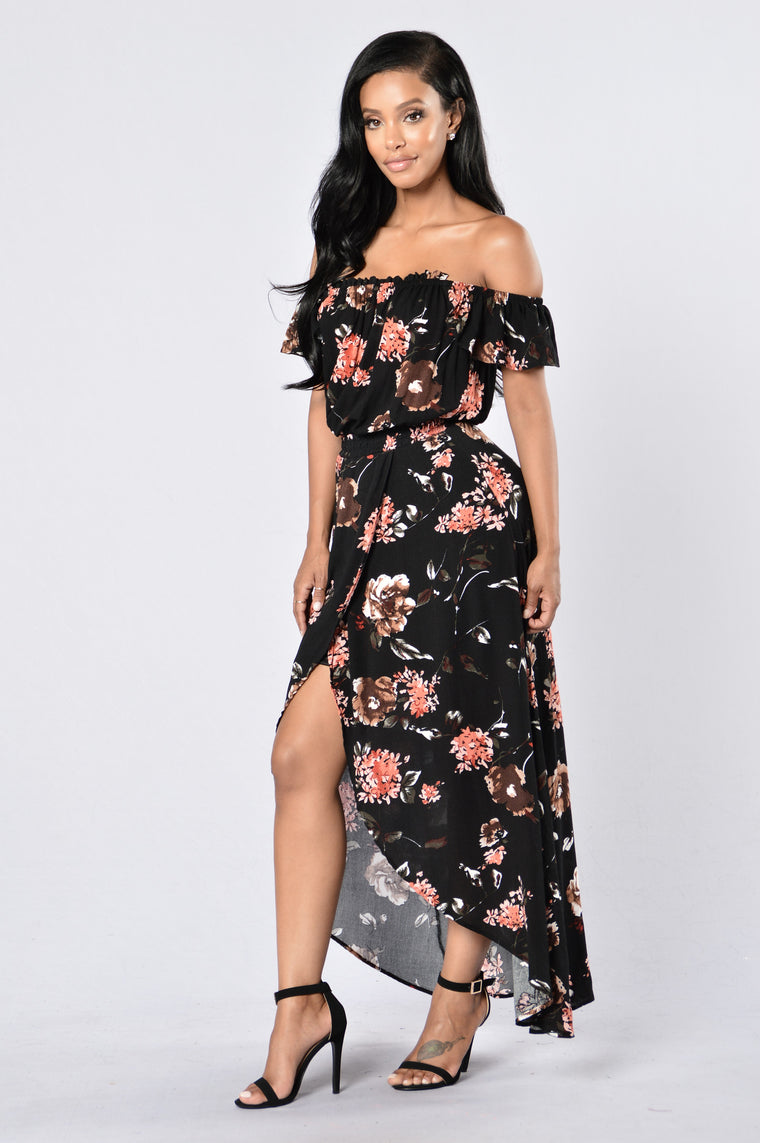 She's A Mirage Dress - Black