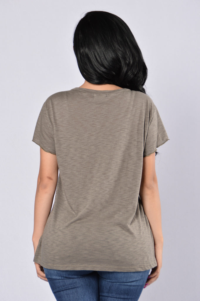 Step Up Tee - Olive