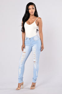 Perfect Timing Jeans - Light Blue Angle 2