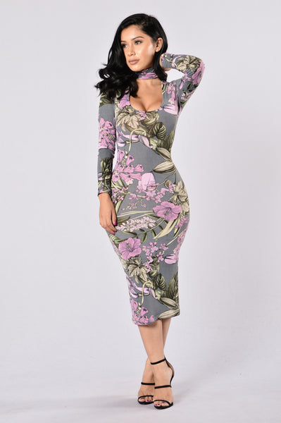 Lost In Flowers Dress - Grey