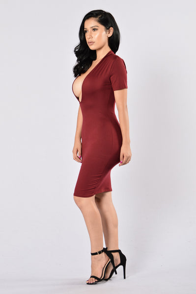 Simply Perfect Dress - Burgundy
