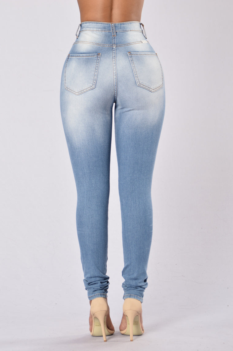 Tag You're It Jeans - Medium Blue
