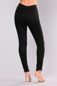 Can't Deny It Grommet Jeans - Black