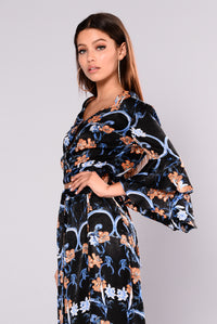 Caliah Floral Print Top - Black