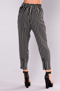 Kylie Pin Stripe Pants - Black/White