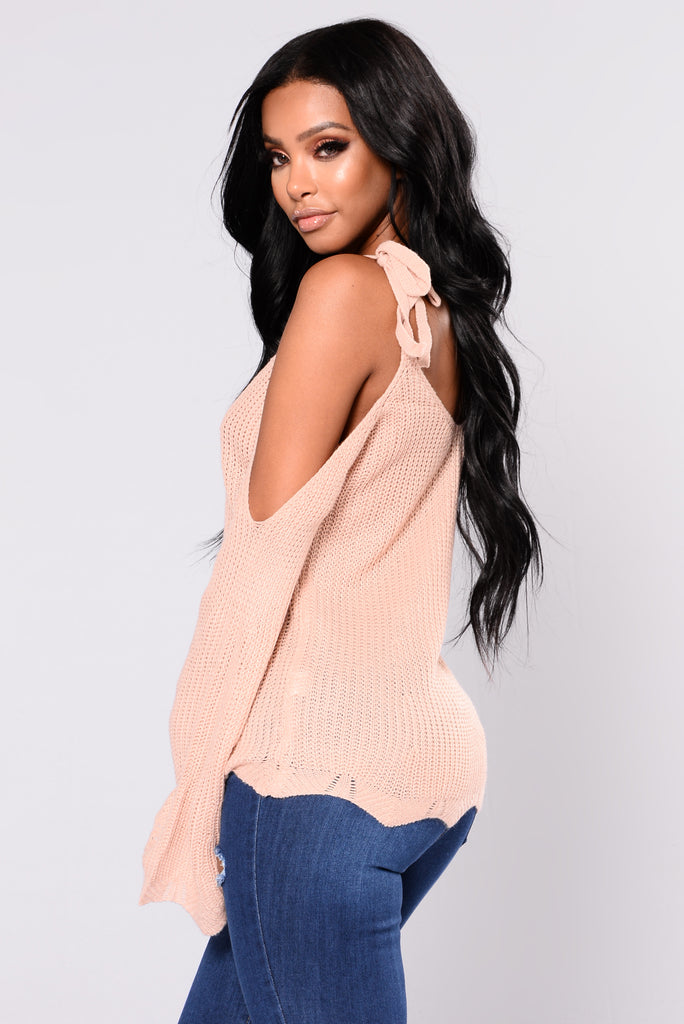 Halley Cold Shoulder Sweater - Rose Pink