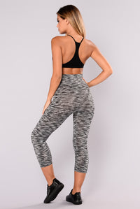 Heathered Two Toned Active Leggings - Black/White Angle 6