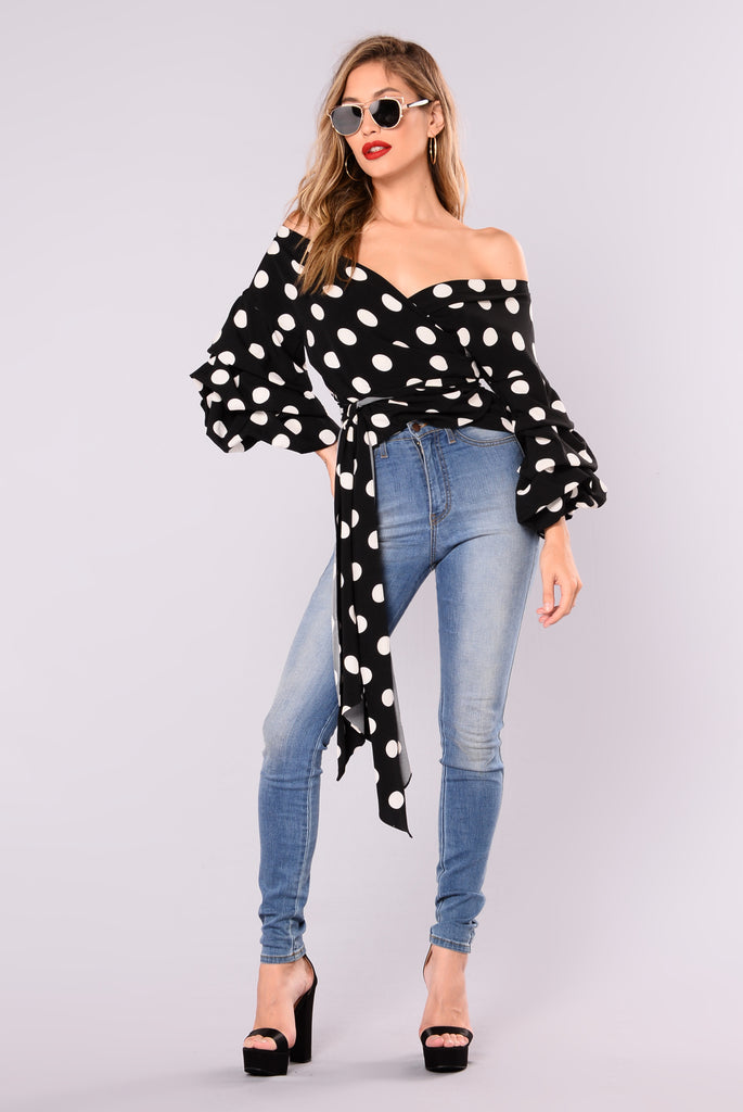 Romina Bubble Sleeve Top - Black/Ivory