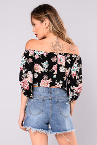 Vallerie Floral Off Shoulder Top - Black Angle 2