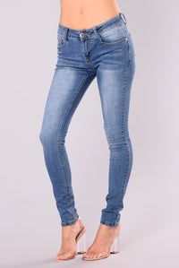 Alexys Skinny Jeans - Medium Blue Wash Angle 2