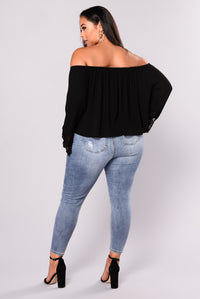 Going On Vacay Off Shoulder Top - Black