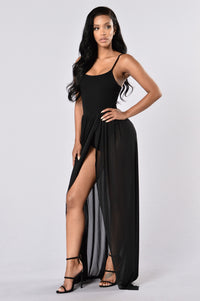 Feeling Regal Dress - Black Angle 1
