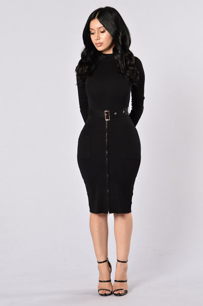 Minimal Effect Dress - Black