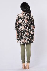 Wrapped In Flowers Kimono - Black Multi Angle 5