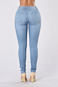 Perfect Jeans - Light Angle 3