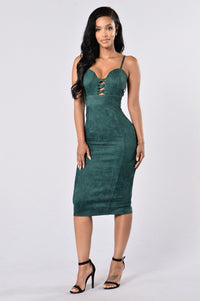 Properly Perfect Dress - Hunter Green Angle 1