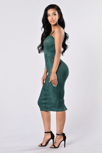 Properly Perfect Dress - Hunter Green Angle 3
