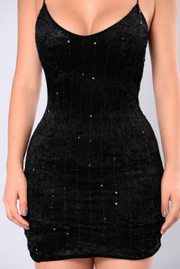 Martha Velvet Dress - Black Angle 3