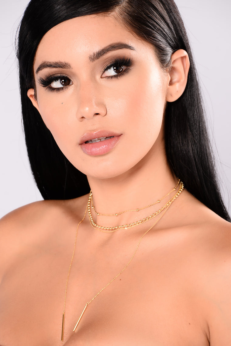 Lola Divine Necklace - Gold