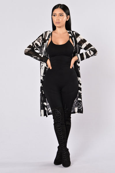 Point Of View Kimono - Black