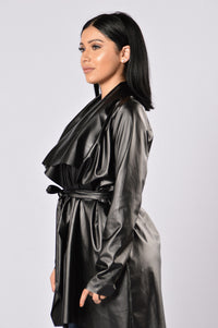 Meet At Borders Duster Jacket - Black Angle 4