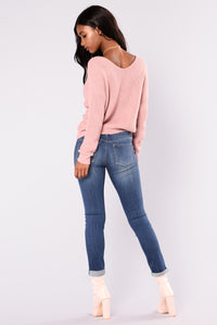 Carianna Twist Front Sweater - Mauve