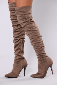 Valencia Suede Boot - Taupe