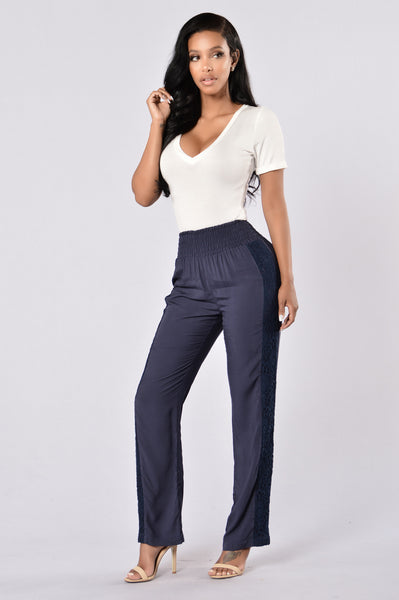 Feeling Cute Pants - Navy