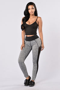 Go For A Run Pants - Black Angle 2