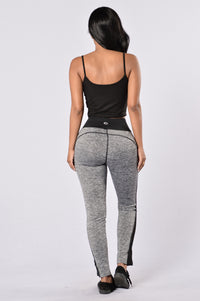 Go For A Run Pants - Black Angle 5