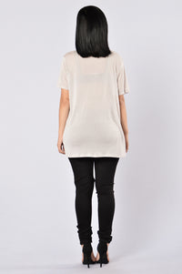 Finding Love Tee - Taupe