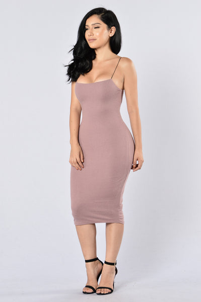 Shake It Dress - Mauve