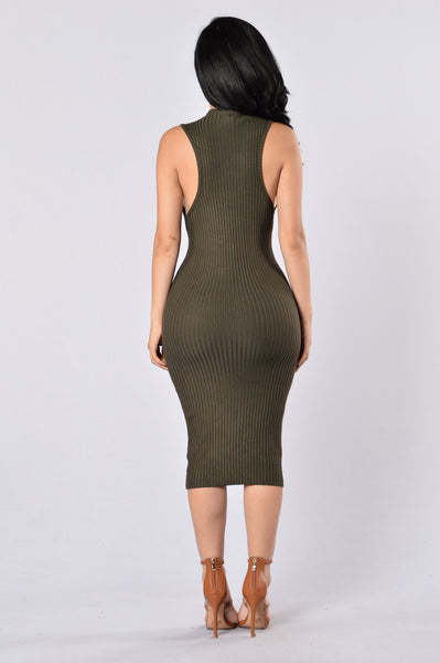 Essential Dress - Olive
