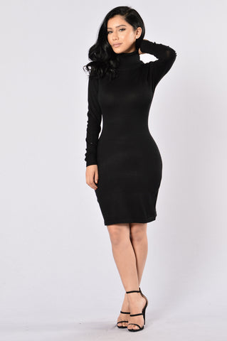 Keep Warm Dress - Black