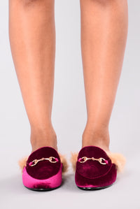 London Fur Slide Do Not Sell - Fuchsia