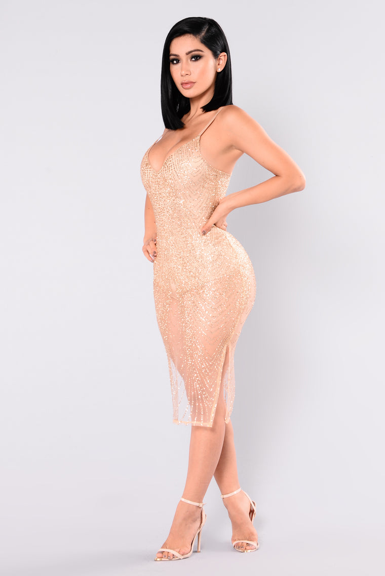 Ways To Articulate Glitter Dress - Gold