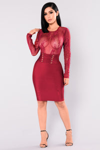 Leave A Trace Bandage Dress - Burgundy