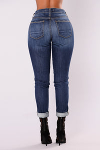 Yelena Boyfriend Jeans - Dark Denim