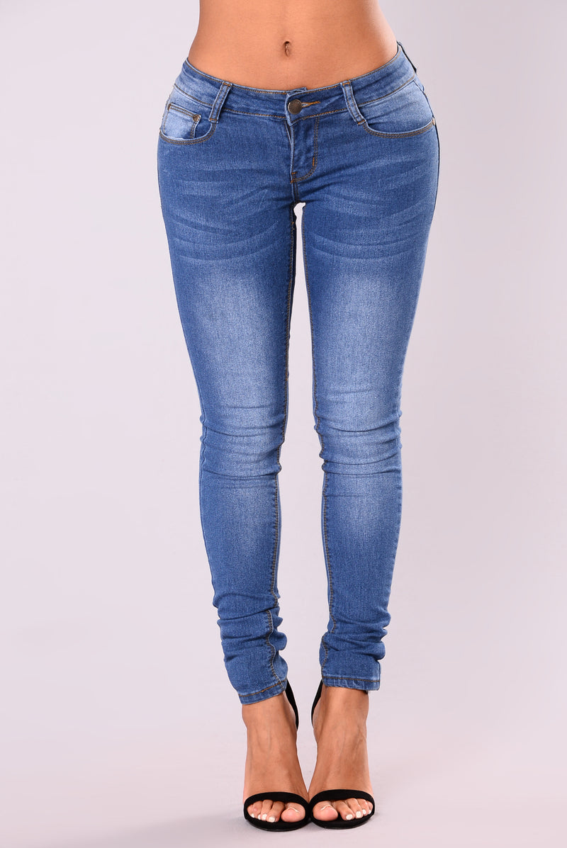 She's Poison Skinny Jeans - Medium Blue Wash