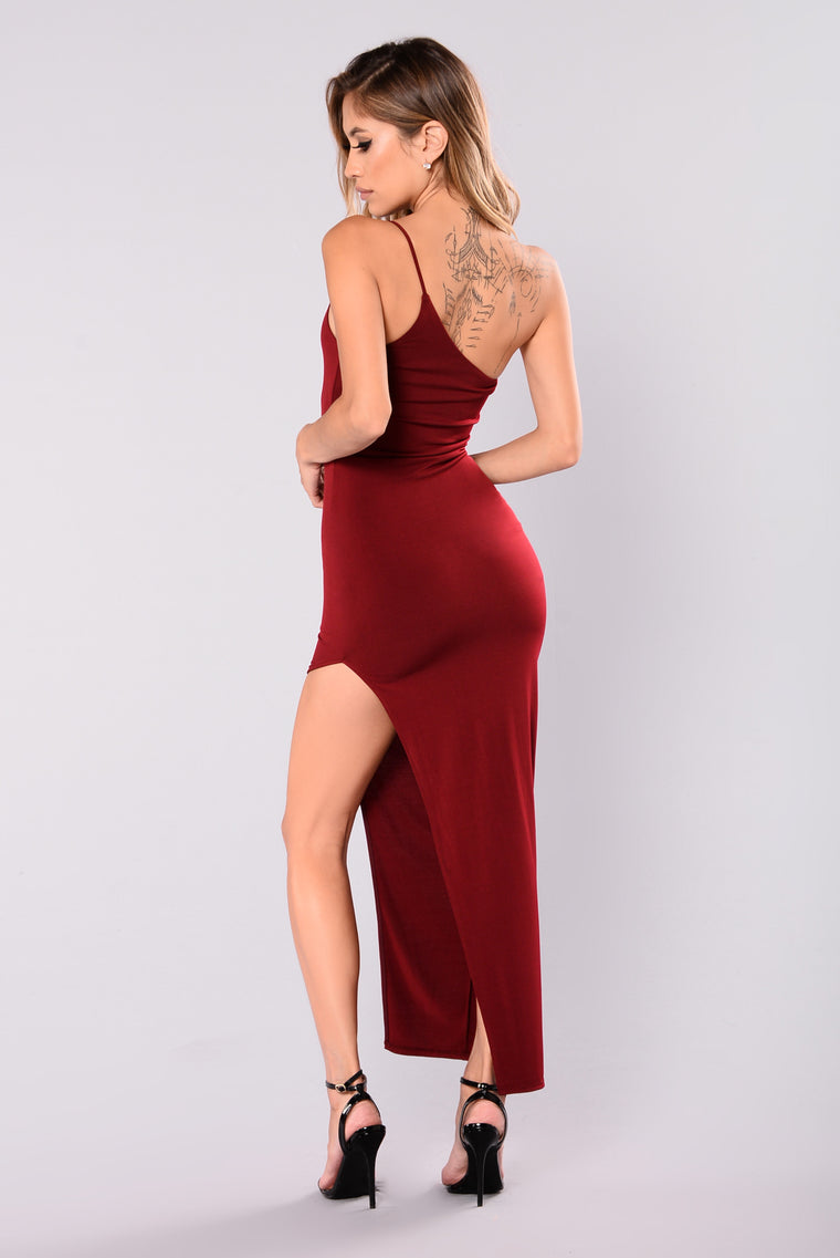 Anne Slit Dress - Burgundy