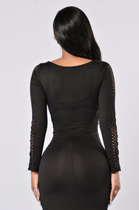 The Side Eye Dress - Black Angle 6