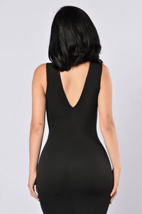 Love Triangle Dress - Black Angle 3